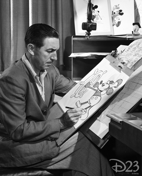 060313_waltdisneyarchives_photolibrary_walt-through-the-years-10